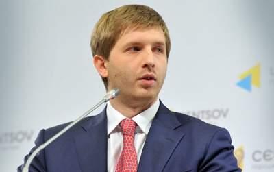 Порошенко подписал приказ об увольнении главы Нацкомиссии по энергетике