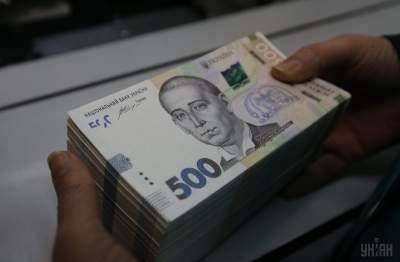 В Украине за год выросла средняя зарплата, - Госстат
