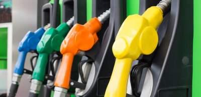 В сетях АЗС продолжают расти цены на бензин