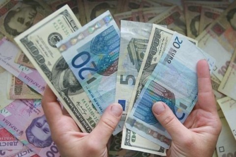 Украина до конца года должна выплатить более $3 млрд внешнего долга