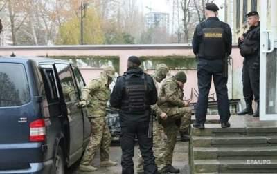 Семьям пленных моряков предложили выплатить по 100 тысяч грн