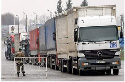 Путин продлил ограничения транзита грузов с Украины в Казахстан и Киргизию