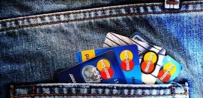 Карточные услуги Visa и Mastercard подорожают