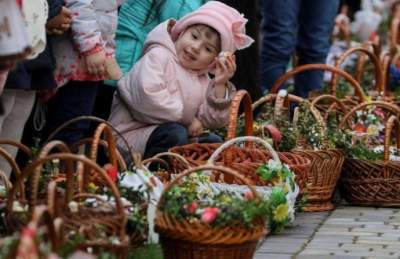 Аналитики рассказали, сколько стоит пасхальная корзина в Украине